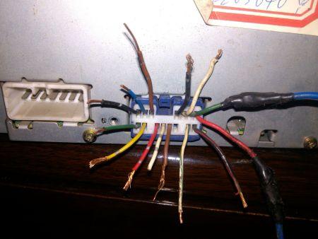 丰田佳美2.2的CD机,我想家用怎么接线 求助高清图片