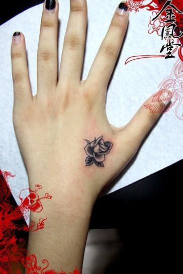 这样一个小纹身大概多少钱左右图片