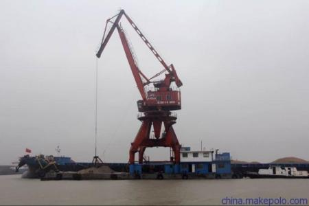 """浮吊起升高度达110米,""""蓝鲸""""号起重船也可兼做大型大跨距桥梁预制件图片"""