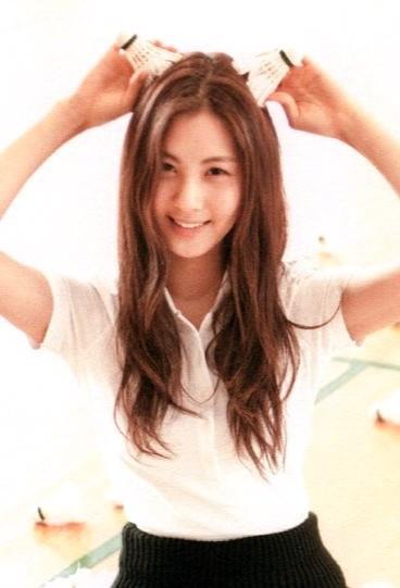 少女时代徐贤的这个发型怎么弄