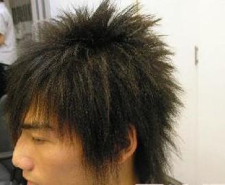 接近点 `而且只烫这个头发长度的2/3```烫根部```剩下的是直发 评论图片