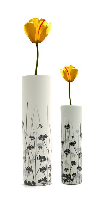 PS把花插到花瓶里 注意 选择其中一朵郁金香就可以了 一朵