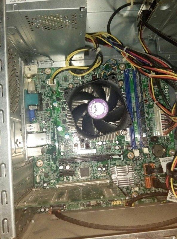 我重新装了电脑可是电脑看不了了,而且响3下短1下长,内存条也插紧