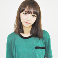 她是韩国ulzzang的网络红人 名字的话不好翻译 你可以叫她高清图片