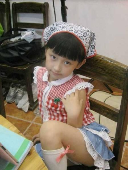 日本11岁女孩图片