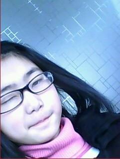 我是15岁女生,下面毛不是很多怎么办,希望有小姐姐问答一下啊