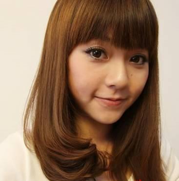 初中生女生,齐 刘海的长直微卷_发型设计图片