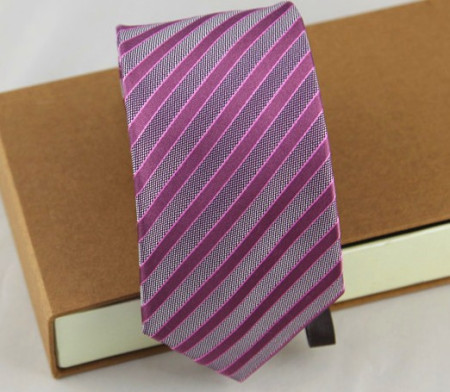 粉衬衣配什么颜色领带 粉衬衫配什么颜色领带 粉衬衫配什